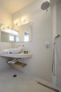 Antony Suites (Adults Only), Apartmánové hotely  Naxos Chora - big - 15