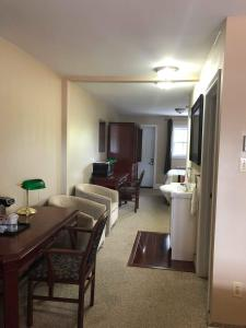 Seaport Inn, Hotels  Port Union - big - 20