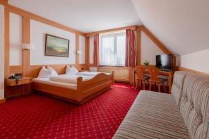 Gasthof & Hotel Goldene Krone, Hotely  Iphofen - big - 34