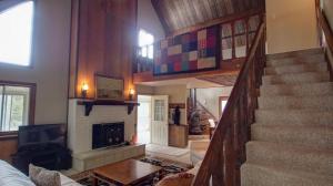 Dory Lakes Cabin, Holiday homes  Black Hawk - big - 45