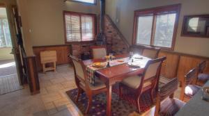 Dory Lakes Cabin, Holiday homes  Black Hawk - big - 48