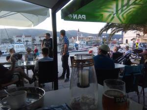 Hostel Trogir Pool 2, Bed and breakfasts  Trogir - big - 4