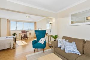 Studio 311 with ocean views, Apartments  Fremantle - big - 5