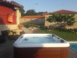 Casa D`Auleira, Farm stays  Ponte da Barca - big - 79