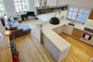 Modern, Design 1 Bed apt sleeps 4 in Waterloo, Apartmanok  London - big - 5