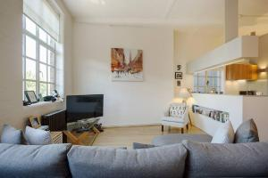 Modern, Design 1 Bed apt sleeps 4 in Waterloo, Apartmanok  London - big - 7