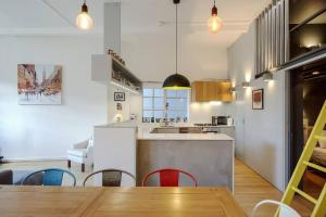Modern, Design 1 Bed apt sleeps 4 in Waterloo, Apartmanok  London - big - 9