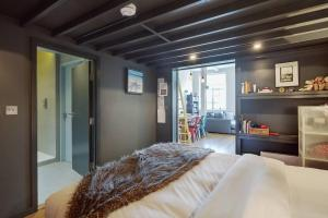Modern, Design 1 Bed apt sleeps 4 in Waterloo, Apartmanok  London - big - 11