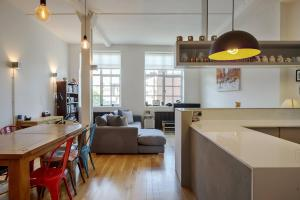 Modern, Design 1 Bed apt sleeps 4 in Waterloo, Apartmanok  London - big - 1