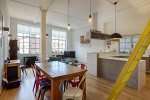 Modern, Design 1 Bed apt sleeps 4 in Waterloo, Apartmanok  London - big - 14