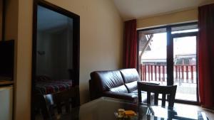 TES Flora Apartments, Apartments  Borovets - big - 143