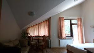 TES Flora Apartments, Apartments  Borovets - big - 161