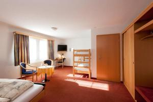 Hotel Arkanum, Hotely  Salgesch - big - 4