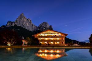 Vitalpina Wanderhotel Europa - AbcAlberghi.com