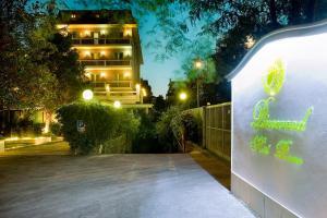 Pinewood Hotel Rome, Hotels  Rome - big - 31