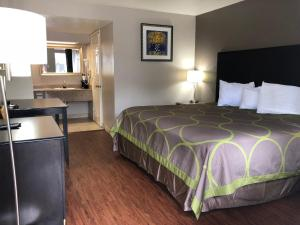 Super 8 by Wyndham San Antonio Downtown / Museum Reach, Motely  San Antonio - big - 4