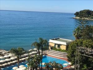 Villa sul mare - AbcAlberghi.com