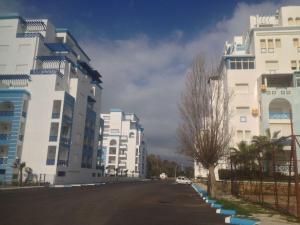 Appartement Cité des Jardins, Apartmány  Martil - big - 37
