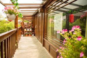 Lijiang Shuhe Qingtao Inn, Penziony  Lijiang - big - 81