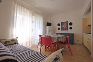 Residence Selenis, Apartments  Caorle - big - 83