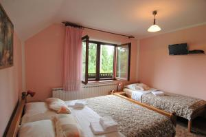 Rooms Family Glumac, Penzióny  Jezerce - big - 20