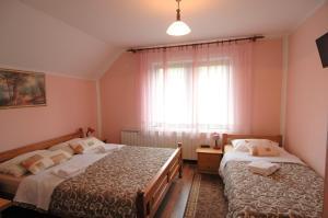 Rooms Family Glumac, Гостевые дома  Езерца - big - 23