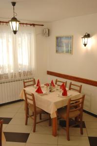 Rooms Family Glumac, Vendégházak  Jezerce - big - 53