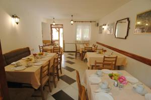 Rooms Family Glumac, Гостевые дома  Езерца - big - 61