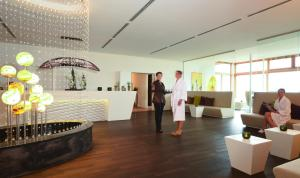 Landhotel Birkenhof, Hotels  Hofenstetten - big - 108