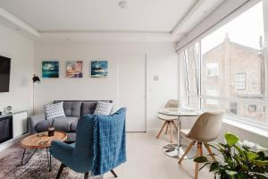 Sleek, Contemporary 1 Bed Flat near West Hampstead, Апартаменты  Лондон - big - 1