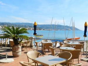 Hotel Golfo E Palme, Hotel  Diano Marina - big - 36