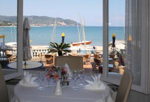 Hotel Golfo E Palme, Hotel  Diano Marina - big - 33