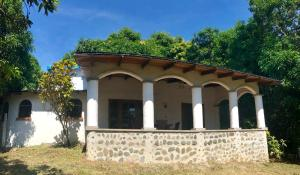 House Surrounded by Nature - Puntarenas