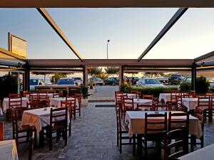 Dhima Hotel, Hotels  Himare - big - 53
