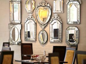 Mercure Brandon Hall Hotel & Spa Warwickshire, Hotel  Brandon - big - 1