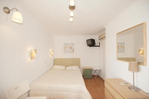 Karboni Hotel, Penziony  Mykonos - big - 38