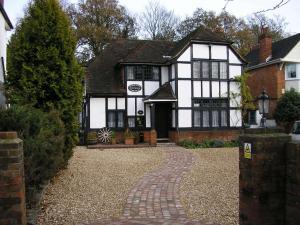 Tudorwood Guest House