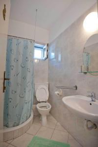 Vila Skocidjevojka, Apartmanok  Petrovac na Moru - big - 32