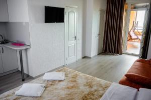 Maxim, Hotel  Berdyans'k - big - 97