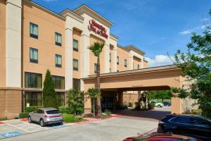 Hampton Inn & Suites Buda, Отели  Буда - big - 51