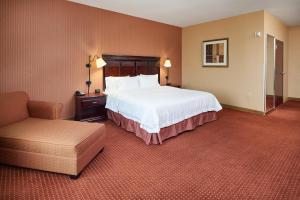 Hampton Inn & Suites Buda, Отели  Буда - big - 35