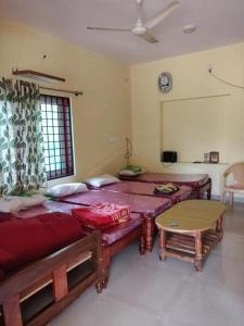 TripThrill Rathan Dorm, Homestays  Chikmagalūr - big - 3