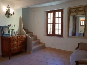 Pool & View Village Villa, Виллы  Méounes-lès-Montrieux - big - 18