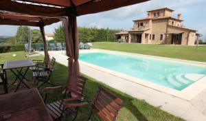 Villa A Chiaraluna - AbcAlberghi.com