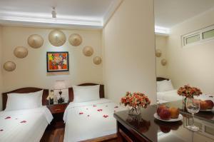 Luminous Viet Hotel, Отели  Ханой - big - 38
