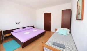 Apartment Miljenko, Apartments  Novalja - big - 47