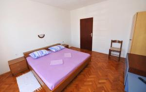 Apartment Miljenko, Apartments  Novalja - big - 54