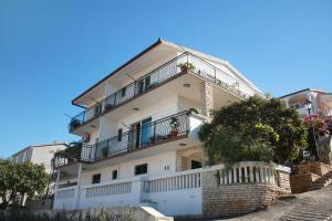 Apartment Mastrinka 2049c, Apartmanok  Trogir - big - 26
