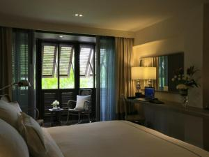 Standard Double or Twin Room with City View and Balcony