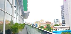 Nancy's Cozy Home - 2 BR Condo at CBD (126sqm), Apartmanok  Phnompen - big - 9